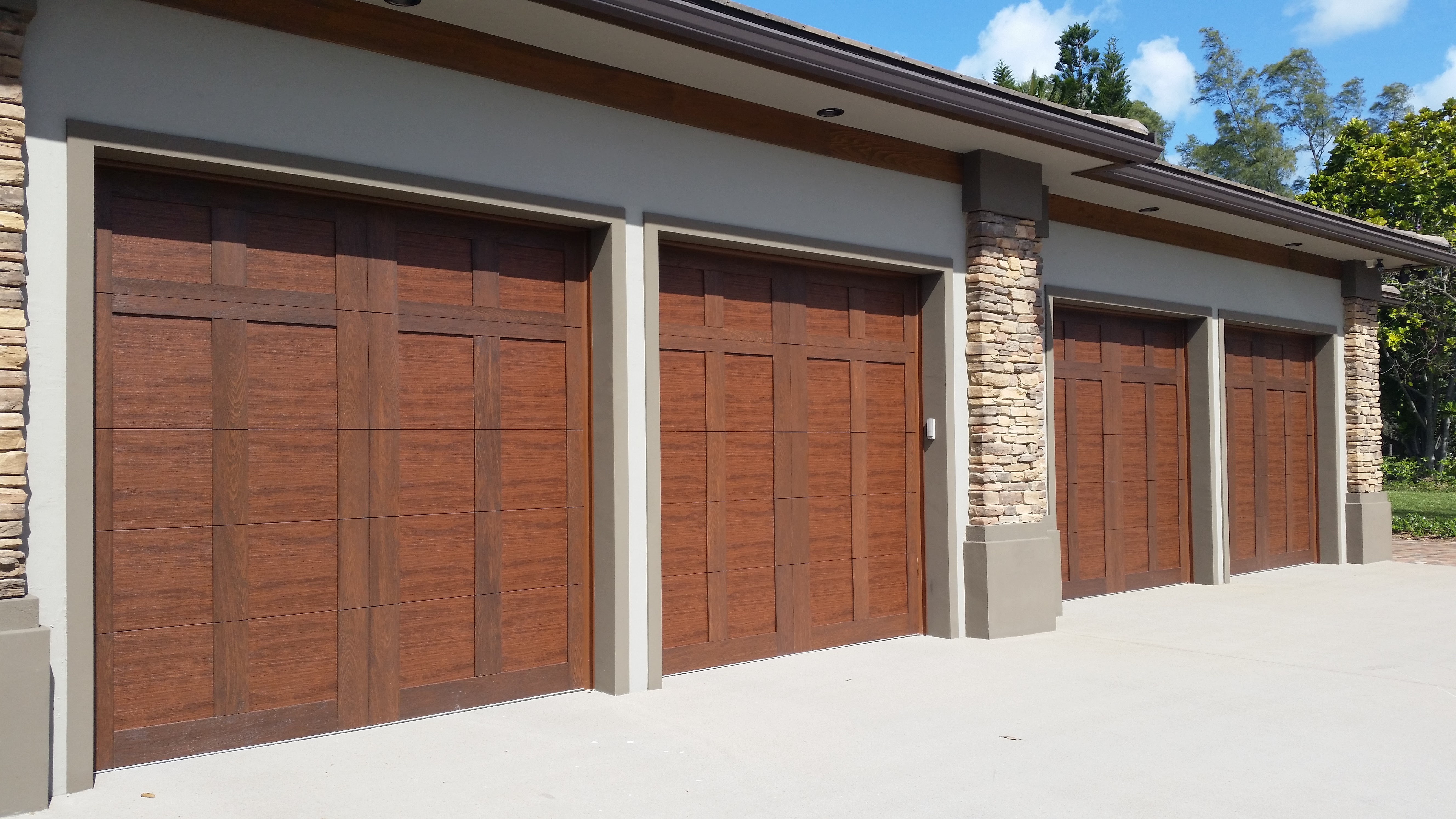 The doorman of southeast fl inc in boca raton fl 33487 for Garage door repair lake worth fl