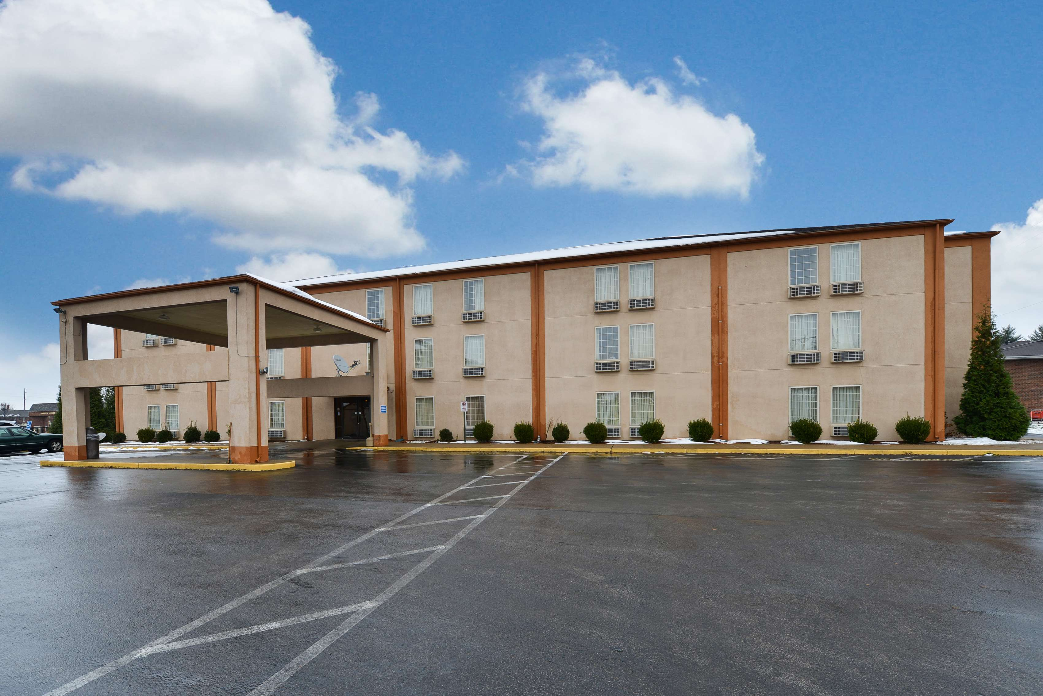 Hotels Near University Of Evansville Indiana