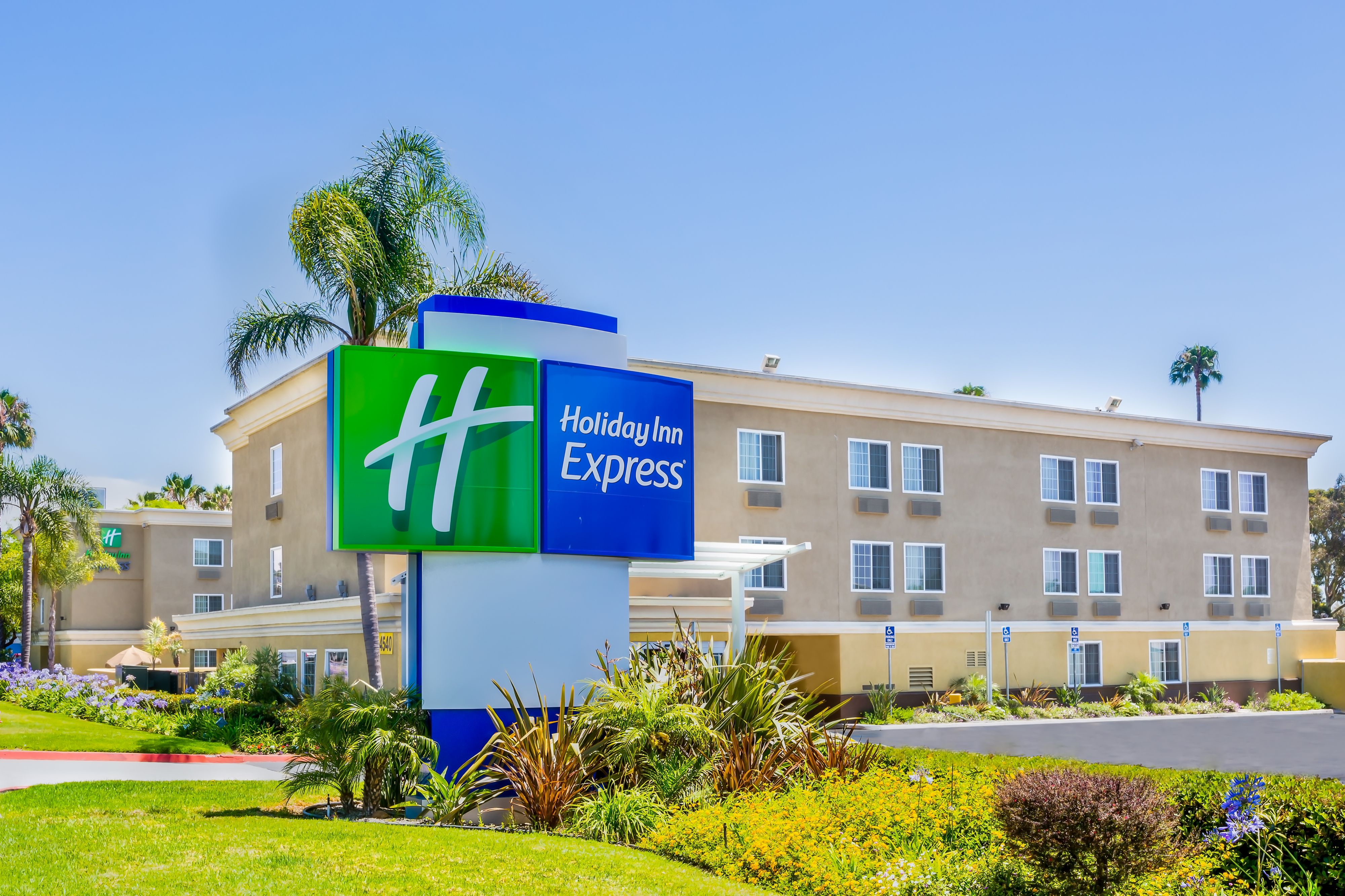 Holiday Inn Express San Diego N - Rancho Bernardo, San ...