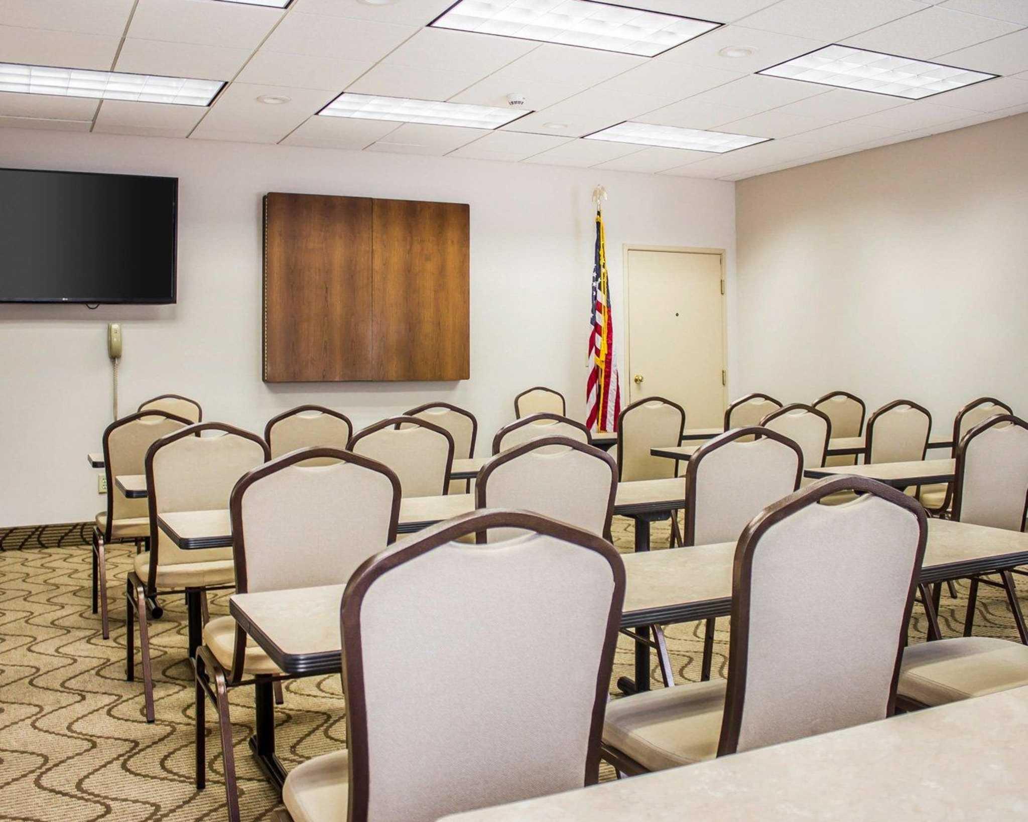Comfort Inn Amp Suites Dayville Connecticut Ct