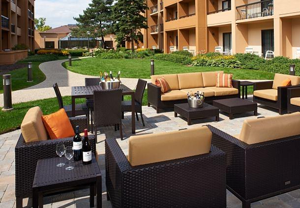 Hotels Near Northbrook Park