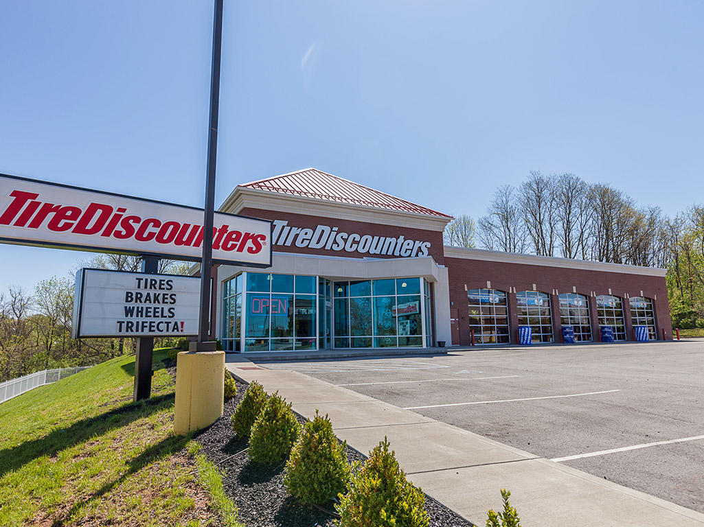 Tire Discounters Louisville Ky Www Tirediscounters Com Store
