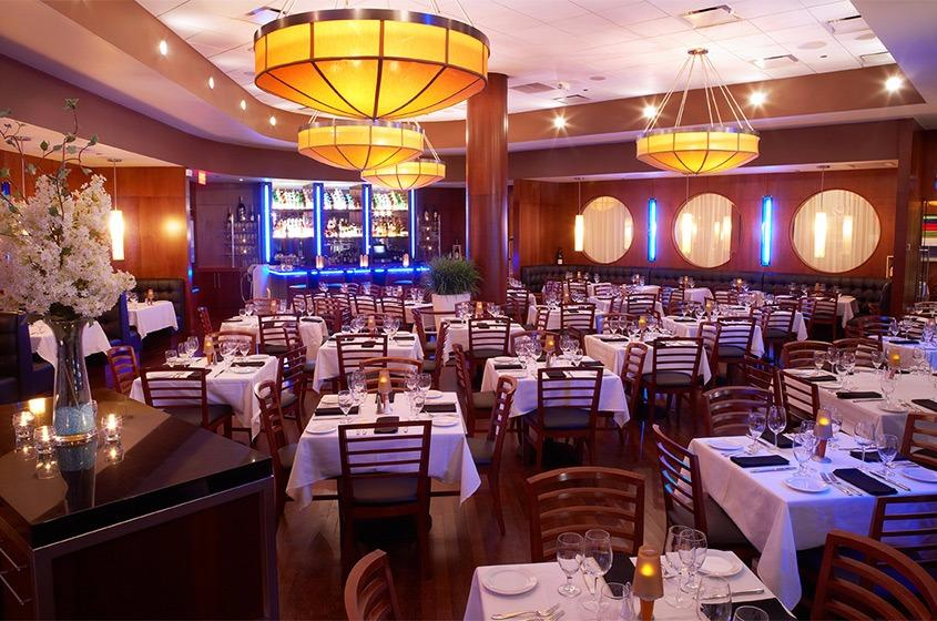From gourmet dining to family style, International Drive in Orlando is home to a variety of dining options. We have restaurants that will fit all appetites!