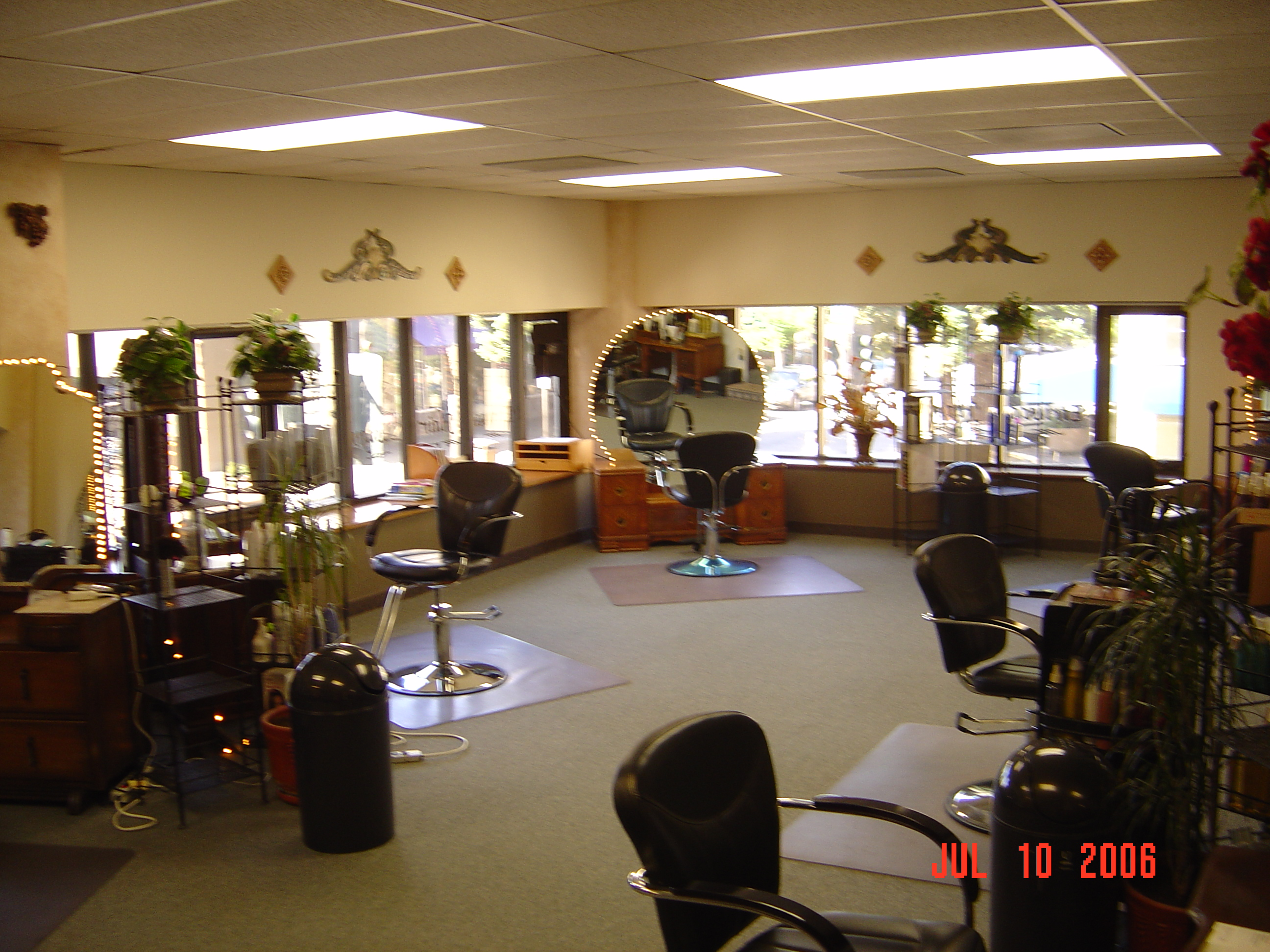 Etrusca hair design salon in santa rosa ca 95404 for 4th street salon