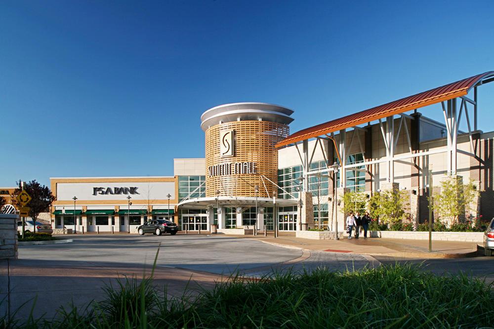 Summit Mall Food Court Restaurants