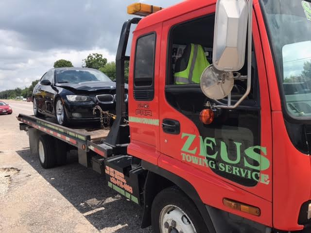 Are You Wondering Who Buys Junk Cars? No problem, Call Zeus Cash For Junk Cars at 832 516 3533
