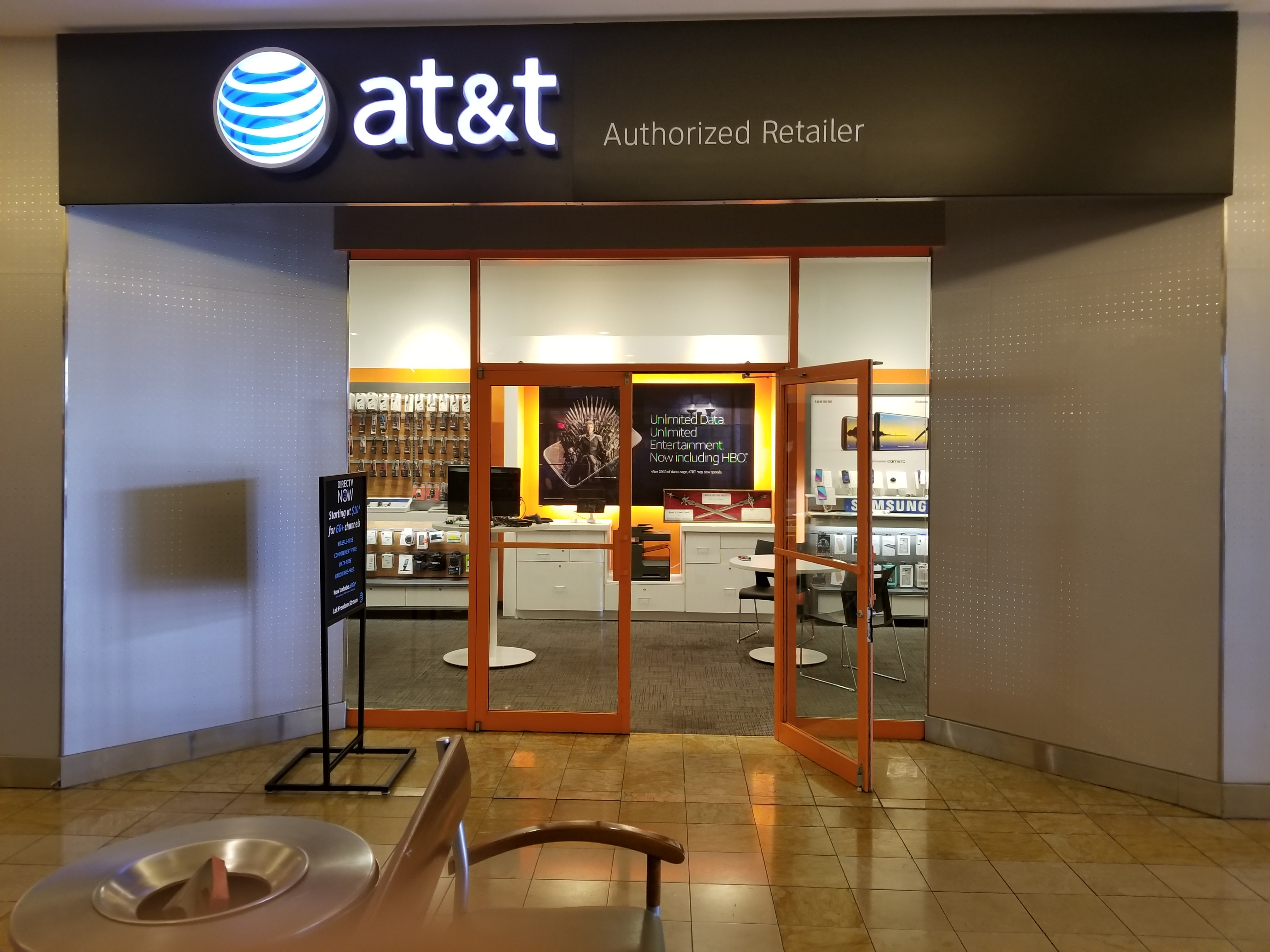 Always use an AT&T corporate store when buying a phone or making any type of AT&T purchase. Not all AT&T stores are the same and if you happen to notice you're in an AT&T .