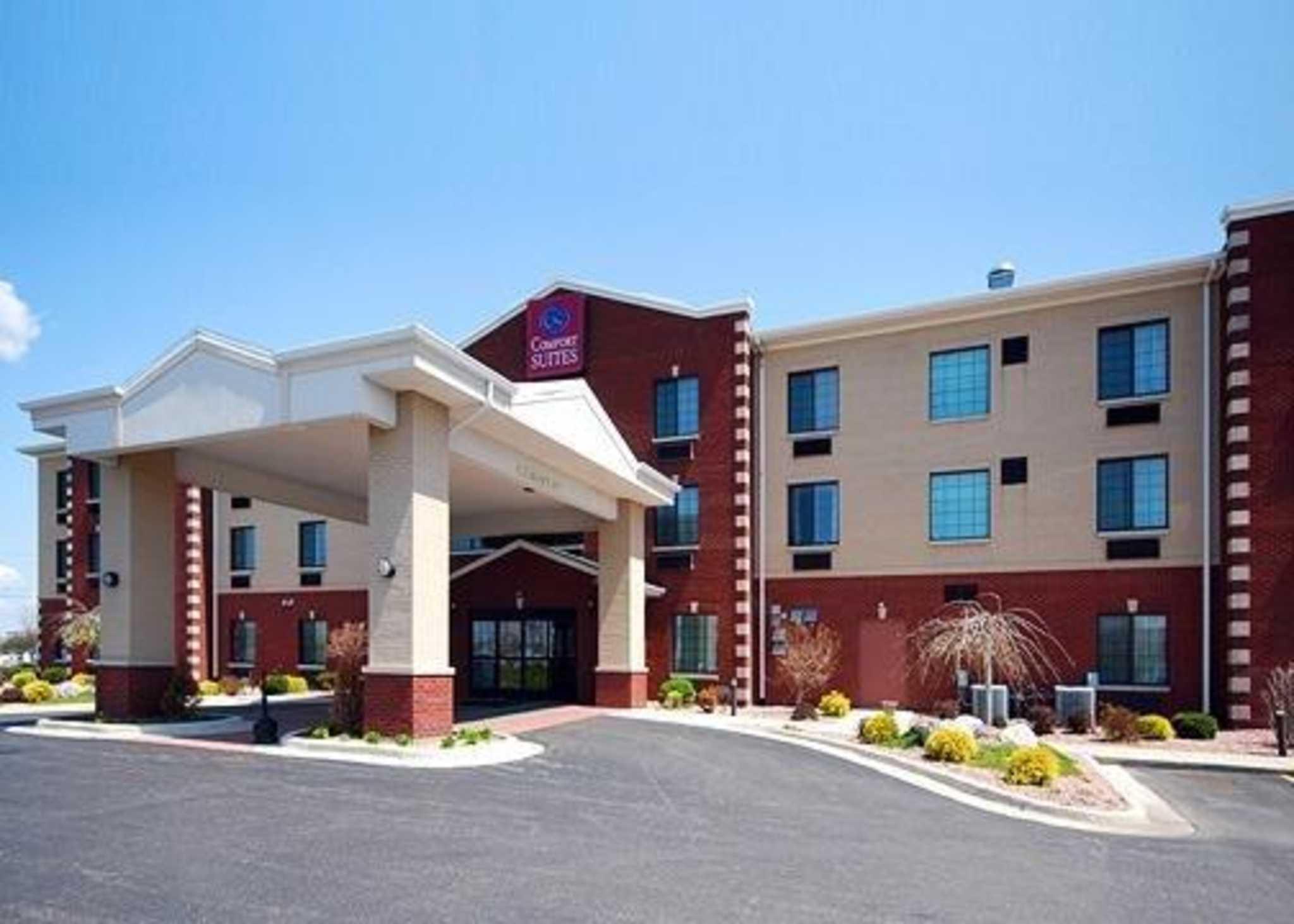 Comfort Suites South - Grand Rapids, MI 49548 - (616)301-2255 | ShowMeLocal.com