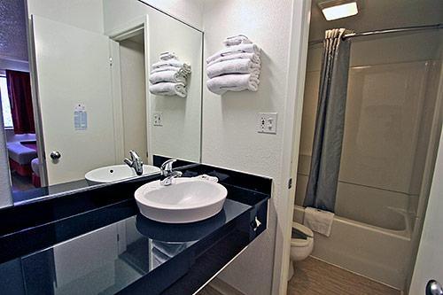Motel 6 Chicago Southwest - Aurora image 5