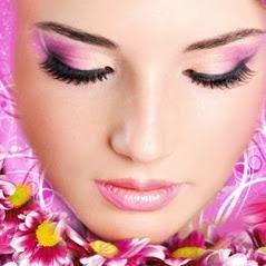 Bild zu Ginas Permanent Make-up Kosmetik und Nail Paradies München in München