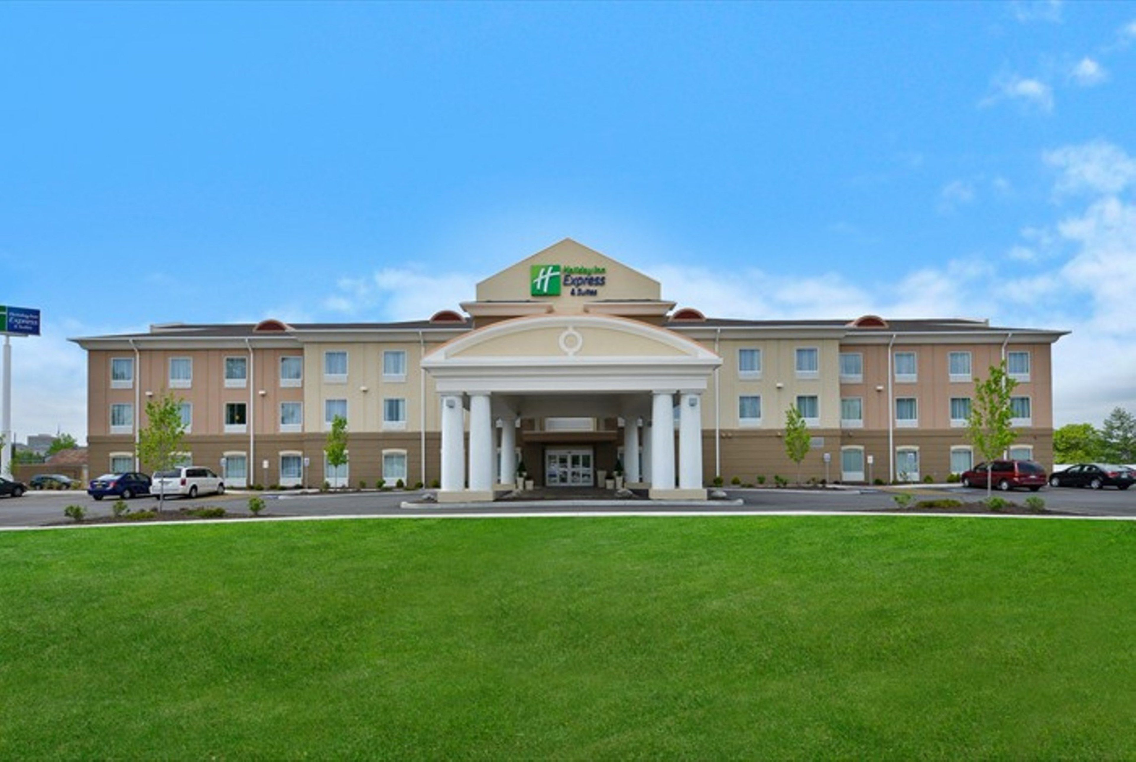 Holiday Inn Express Suites Urbandale Des Moines Urbandale Iowa Ia