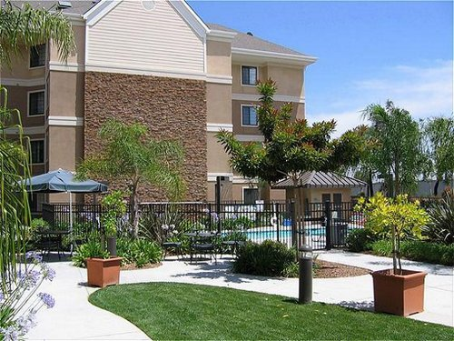 Staybridge Suites San Diego-Sorrento Mesa - ad image