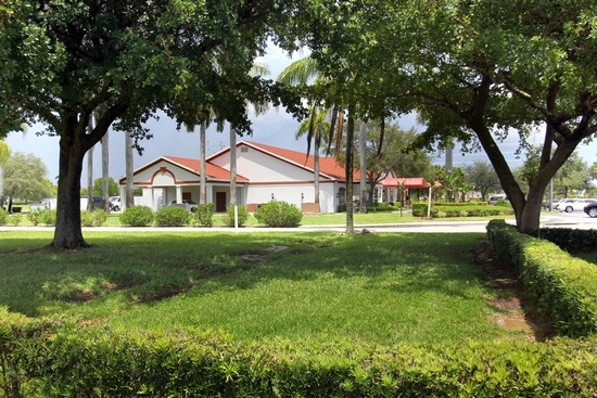royal palm funeral home and memorial gardens in west palm beach fl 33407