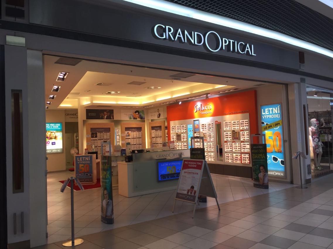 GrandOptical - oční optika OC Varyáda