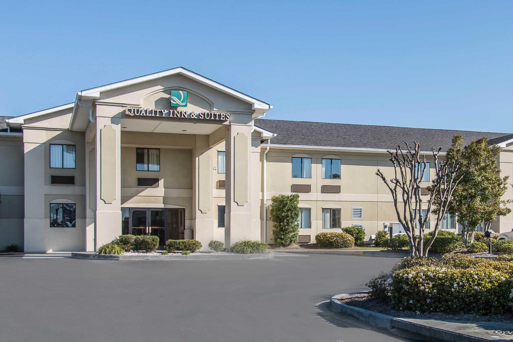 Quality Inn Amp Suites Savannah North Port Wentworth
