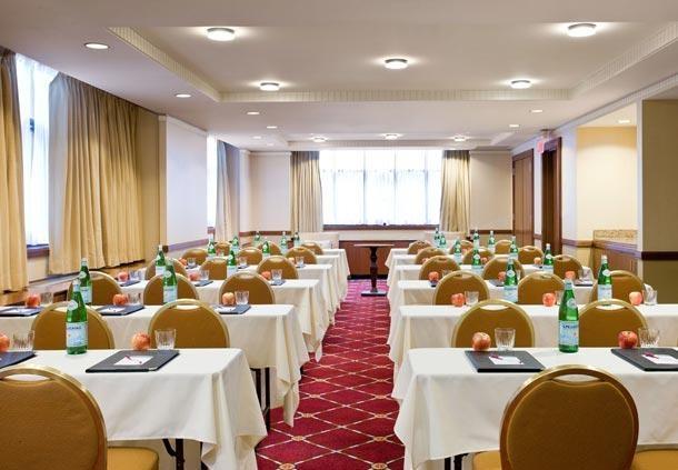 Center City Philadelphia Hotel - Residence Inn by Marriott Philadelphia Center City - Meeting Room