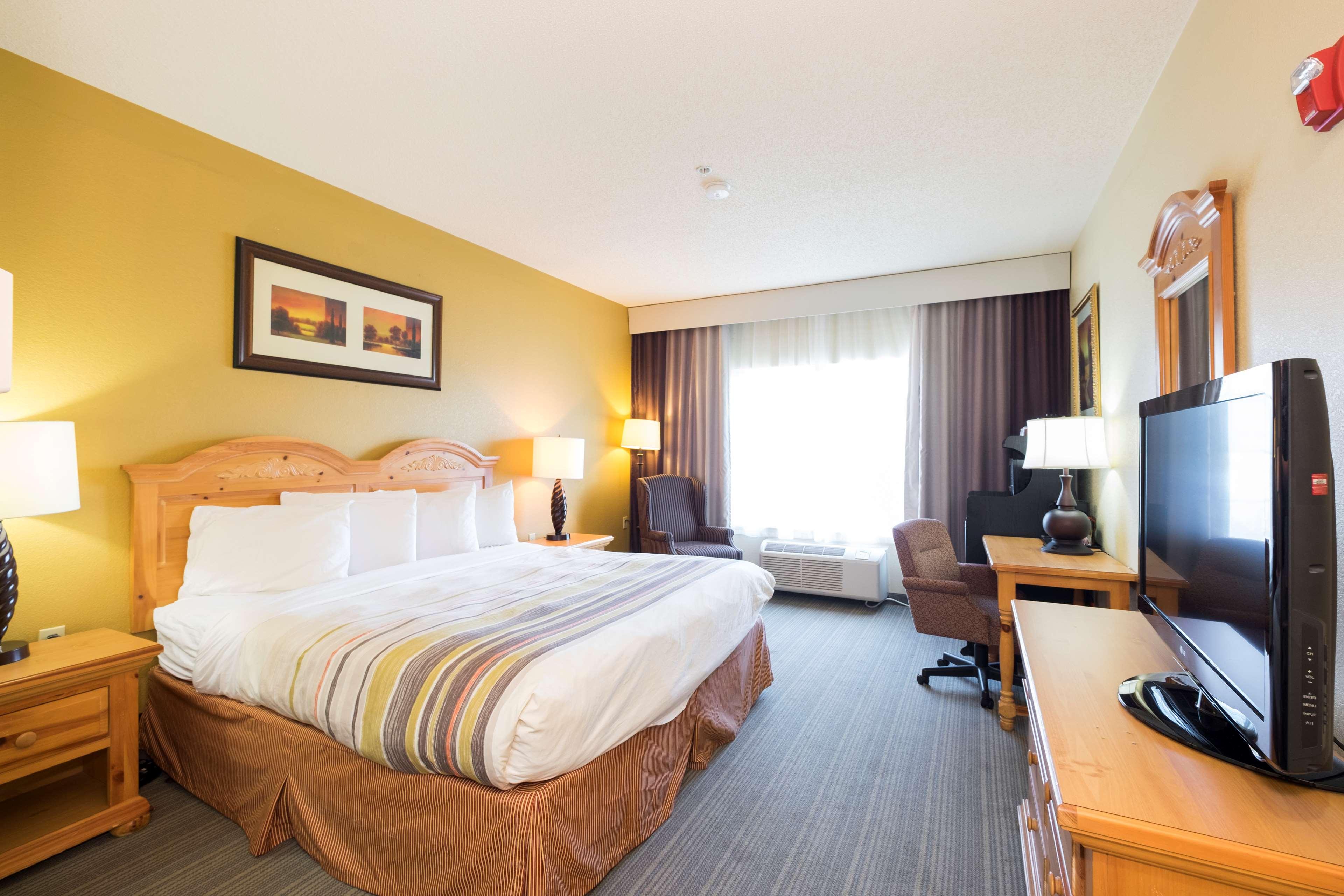 King Suite-Bedroom view