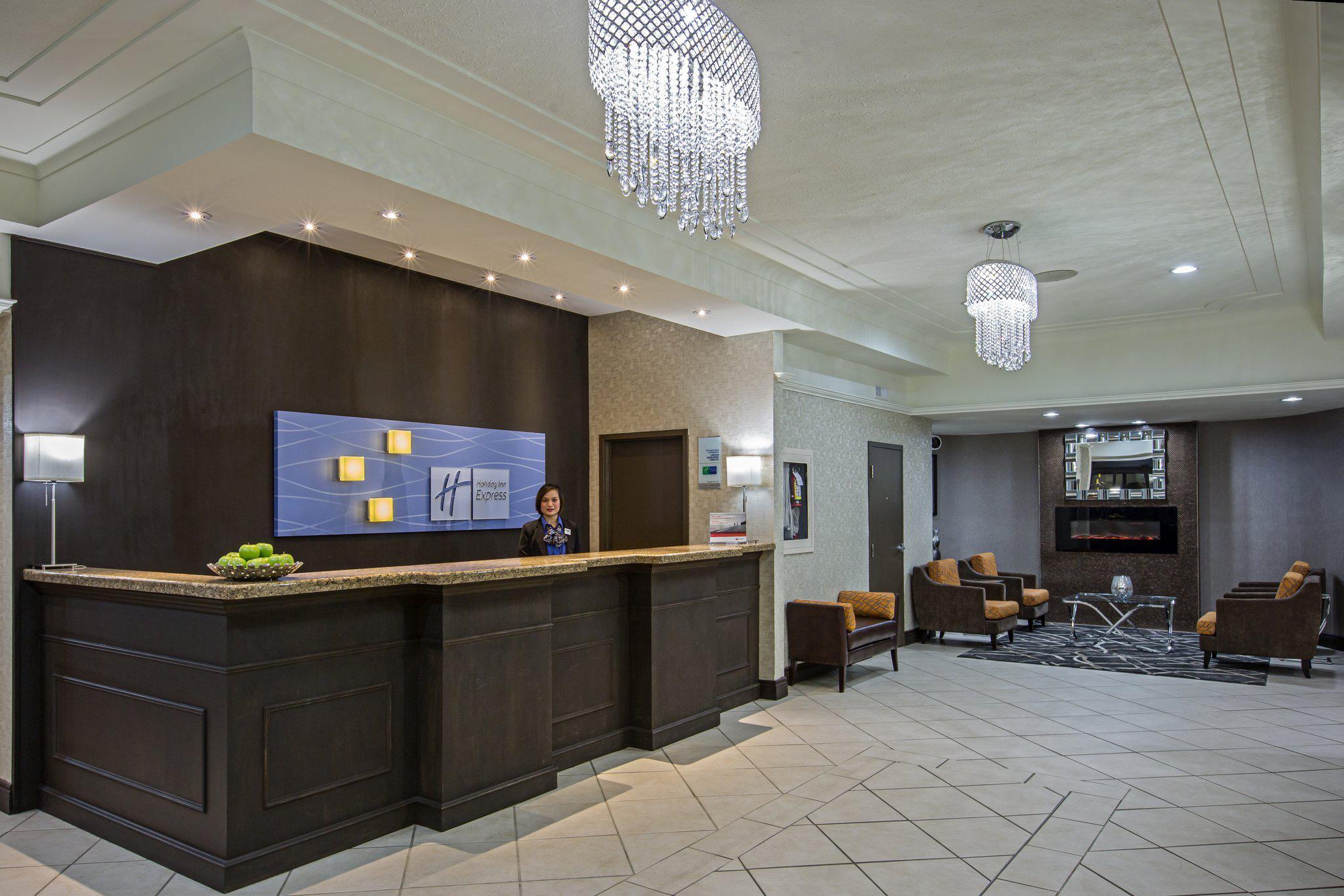 Holiday Inn Express & Suites Regina Downtown in Regina