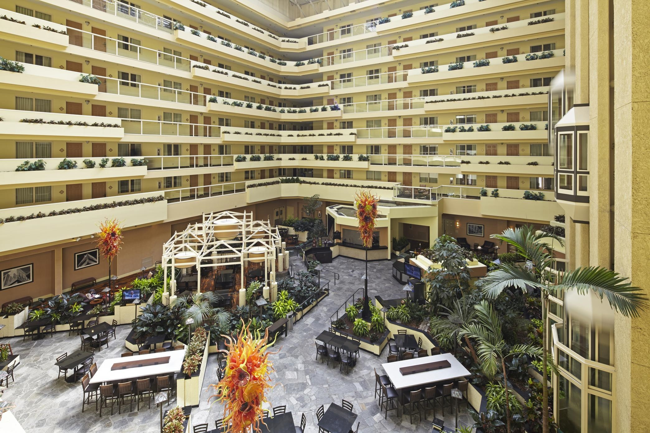Embassy Suites By Hilton Los Angeles International Airport North Los Angeles California Ca