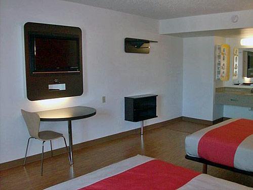 Motel 6 Winchester VA image 4