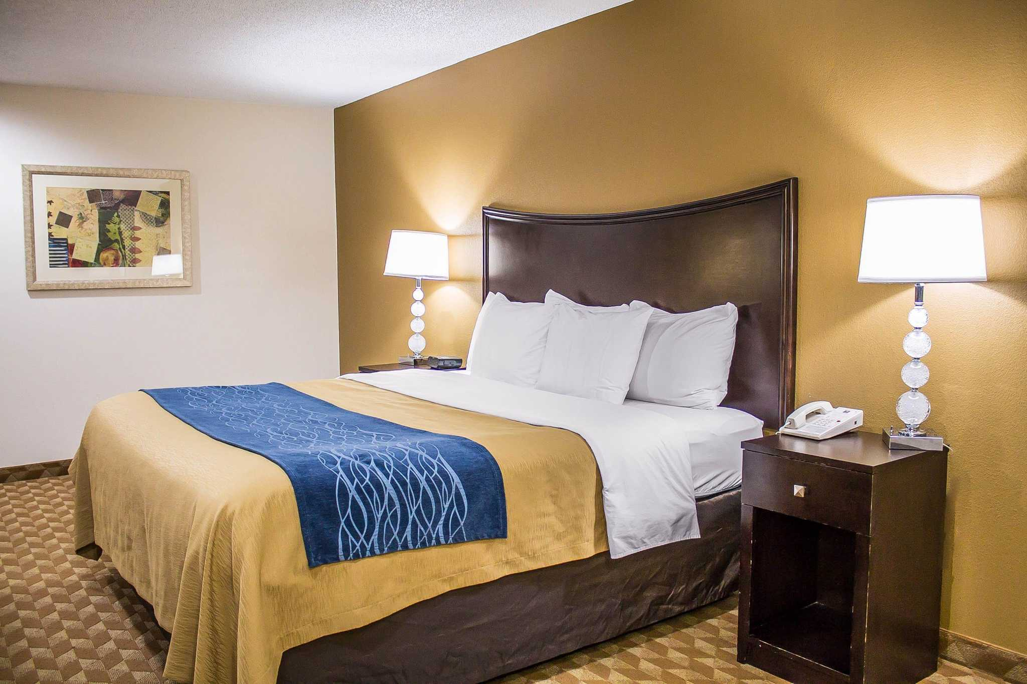 Comfort inn marysville ohio localdatabasecom for Comfort inn bedding