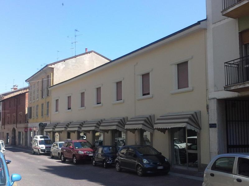 I migliori indirizzi per altre attivit commerciali for Cagnoni arredamento
