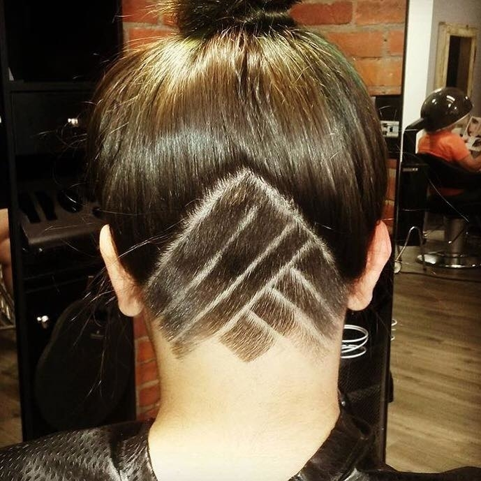 Wispers Hair & Day Spa in Cambridge: Hair Carving