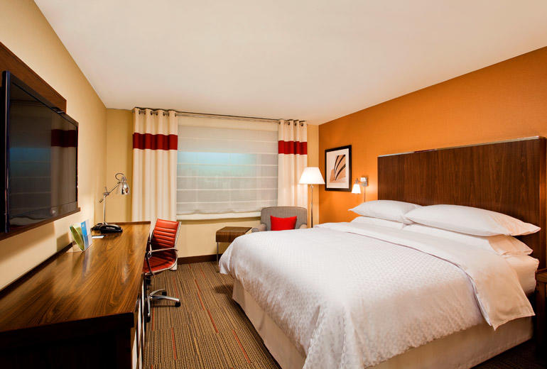 Hotel in AB Sherwood Park T8H 0Y7 Four Points by Sheraton Sherwood Park 1005 Provincial Avenue  (780)705-3552