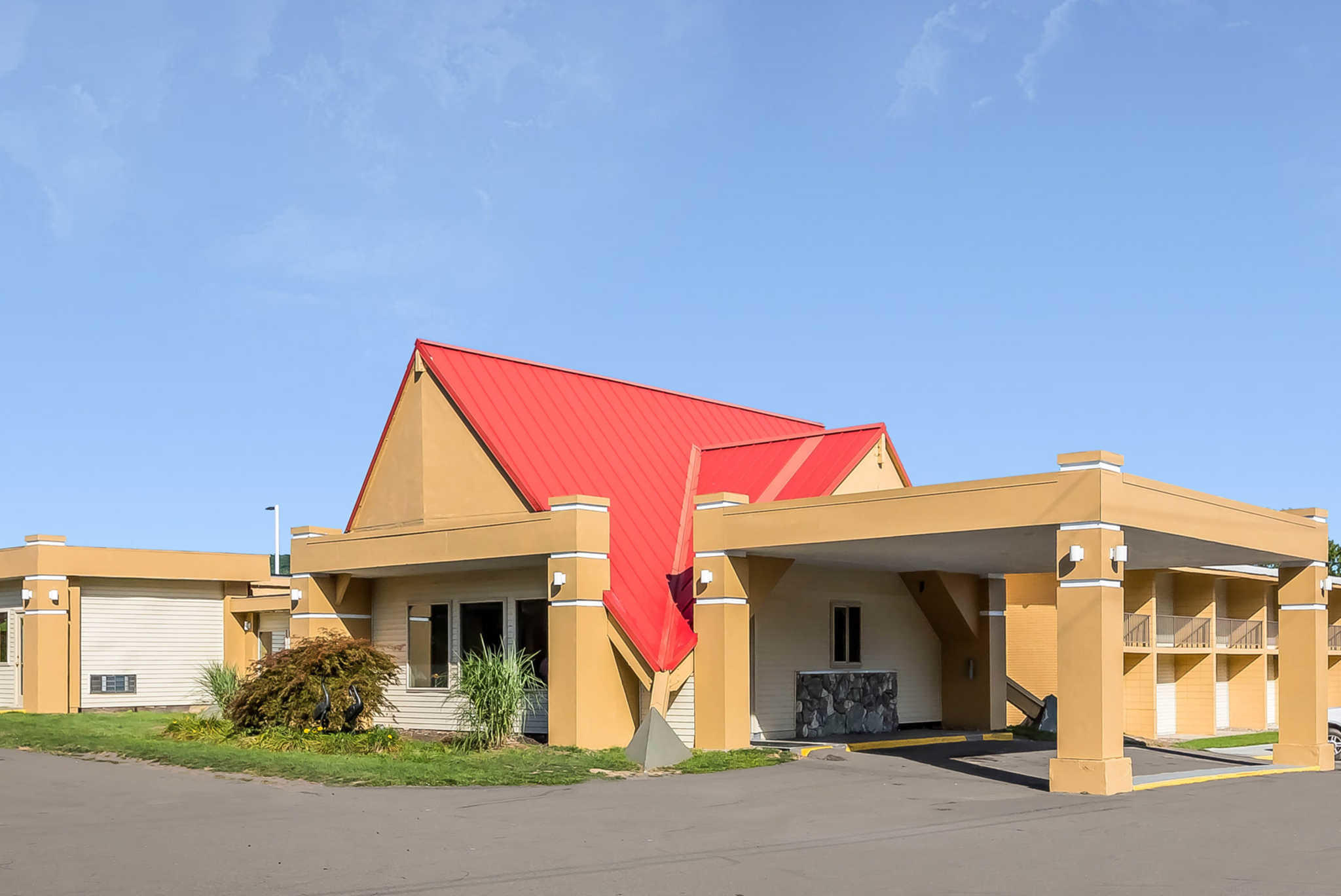 Econo Lodge Inn  U0026 Suites  Binghamton New York  Ny