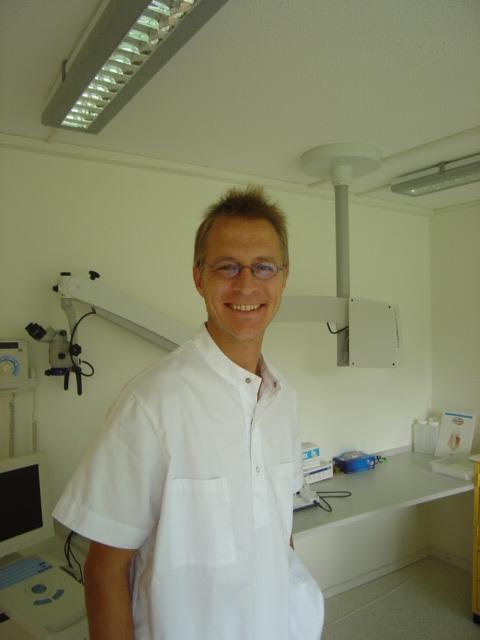 Zahnarztpraxis Dr. med. Dr. med. dent. Markus Huwiler