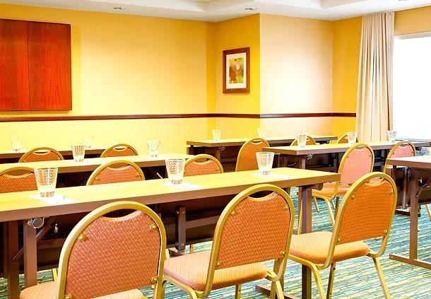 SpringHill Suites Dallas Addison/Quorum Drive image 14