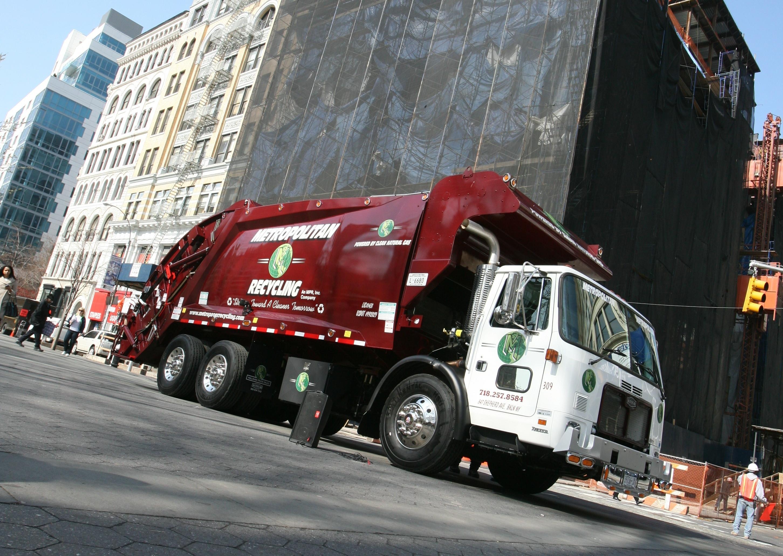 Metropolitan Paper Recycling Inc image 0