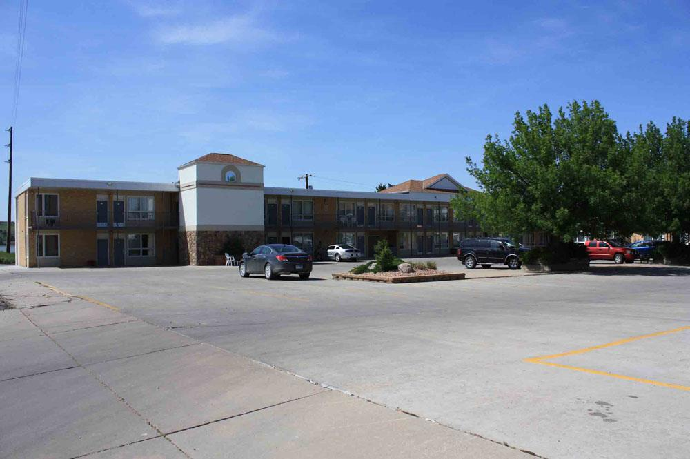 best western lee 39 s motor inn in chamberlain sd 57325