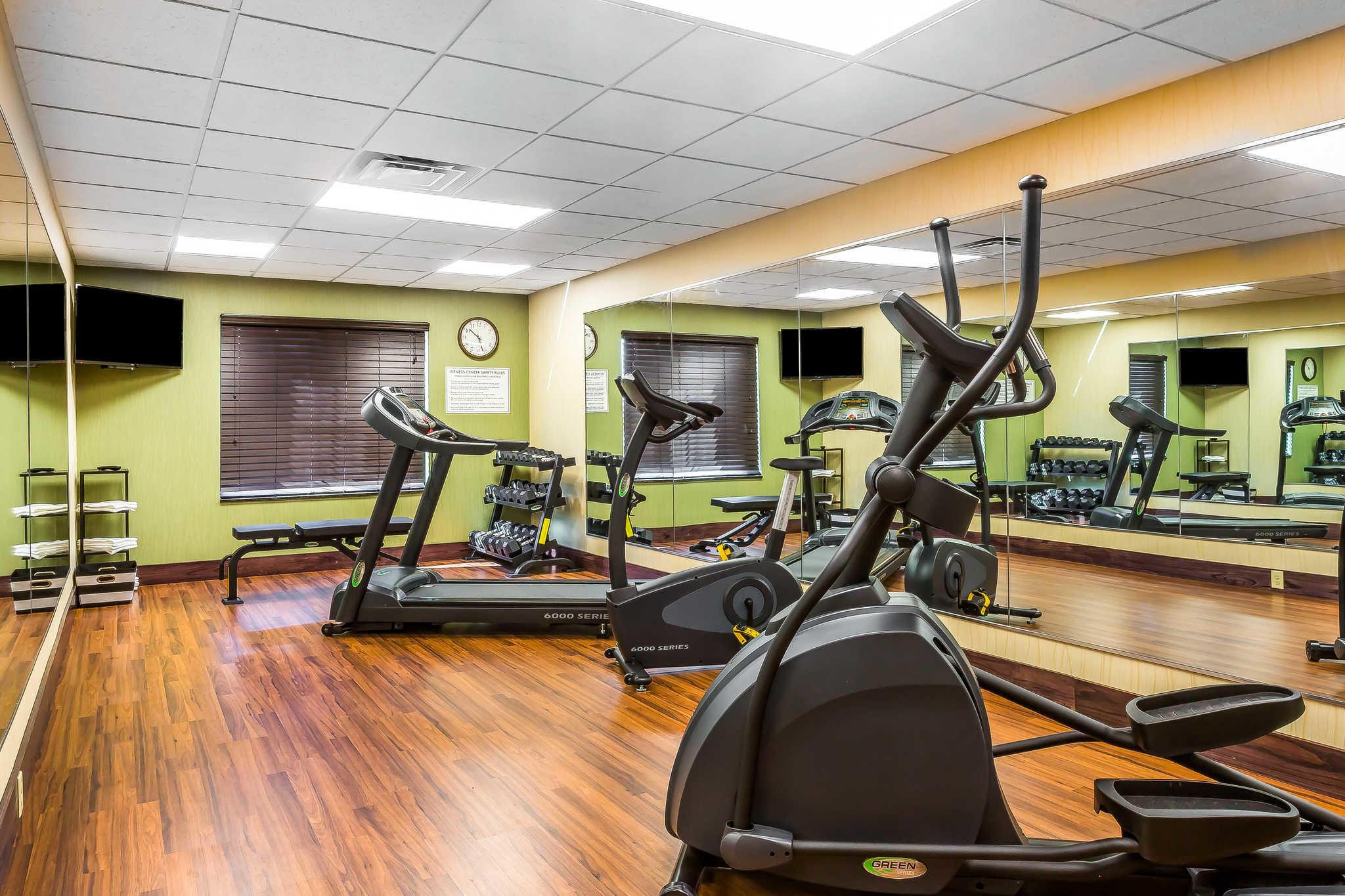 Comfort Inn Amp Suites Moore Oklahoma City Moore Oklahoma