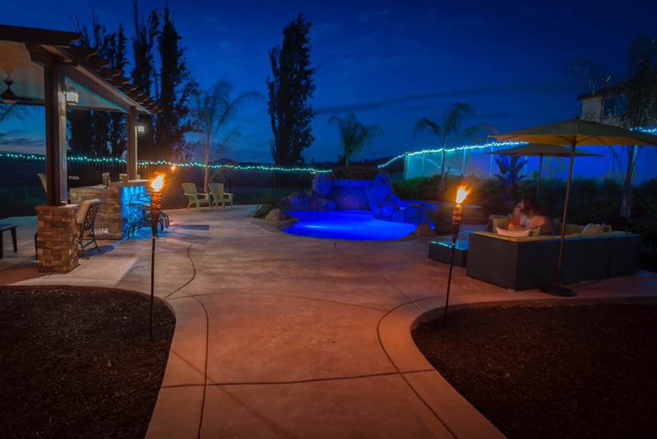 Majestic pool construction coupons near me in canyon lake for Pool builders near me