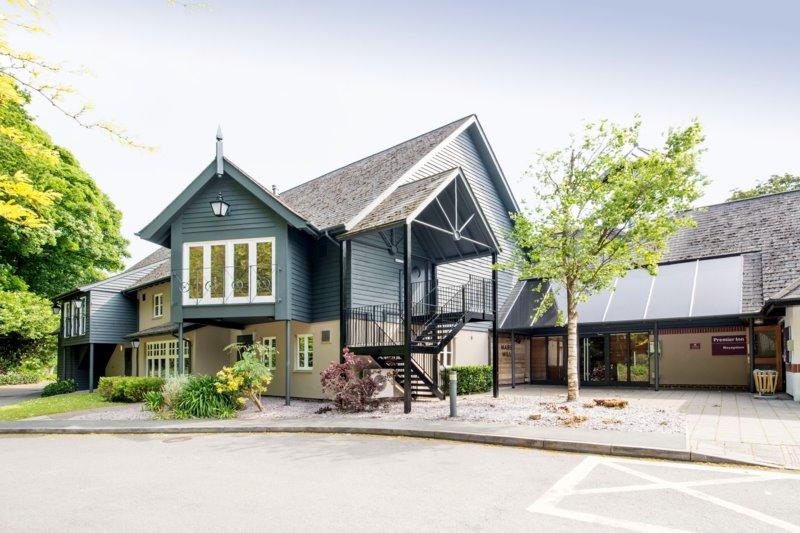 Beefeater Marsh Mills