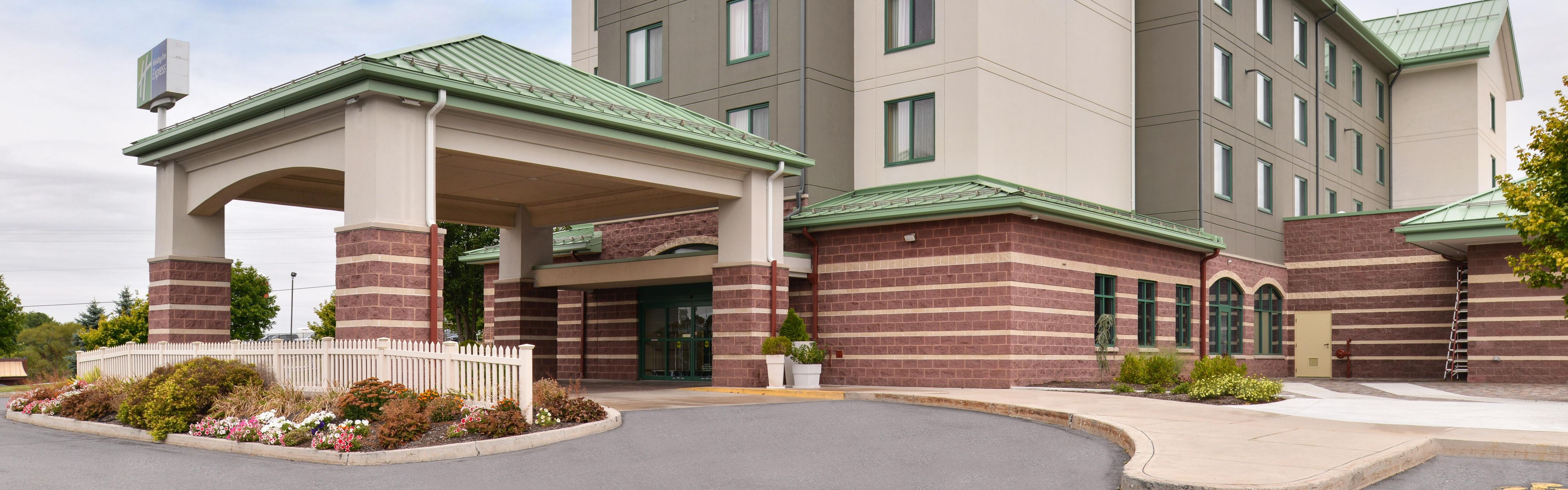 Hotels Near Breezewood Pa