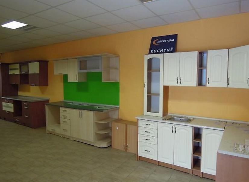 Koberce - domácí potřeby - nábytek - kuchyně Tanvald