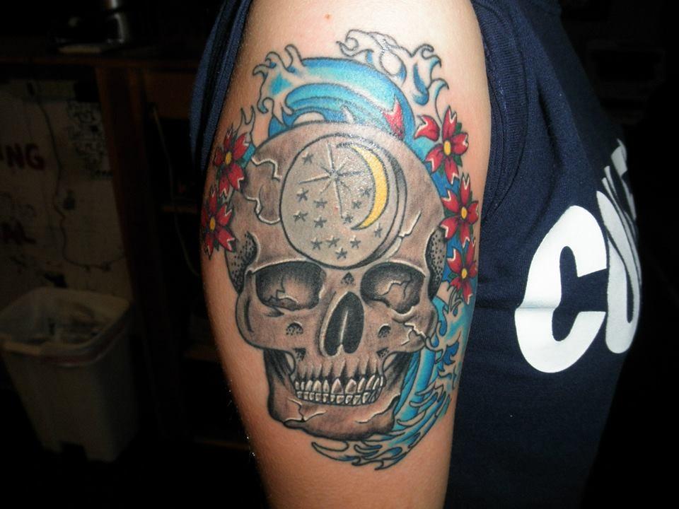 Cadillac custom tattoo piercing in wilmington nc 28405 for Wilmington nc tattoo