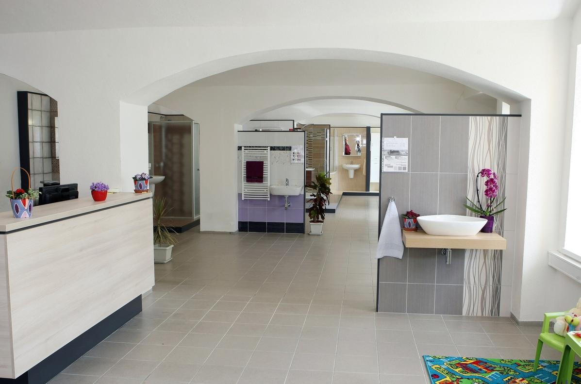 HRBÁČEK s.r.o. - stavebniny, koupelny, koupelnové studio Domažlice