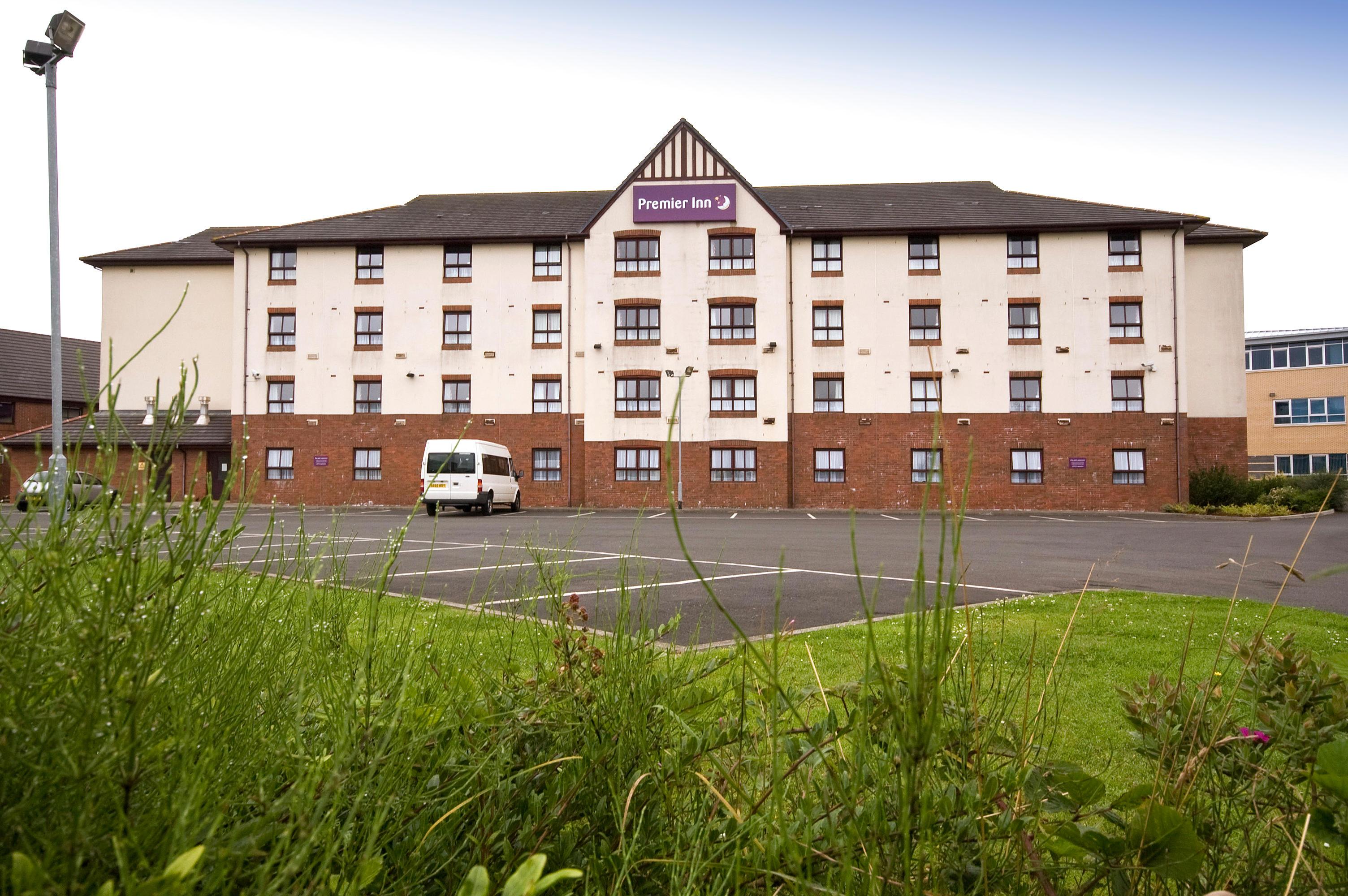 Premier Inn Glasgow Stepps (M80, J3) hotel