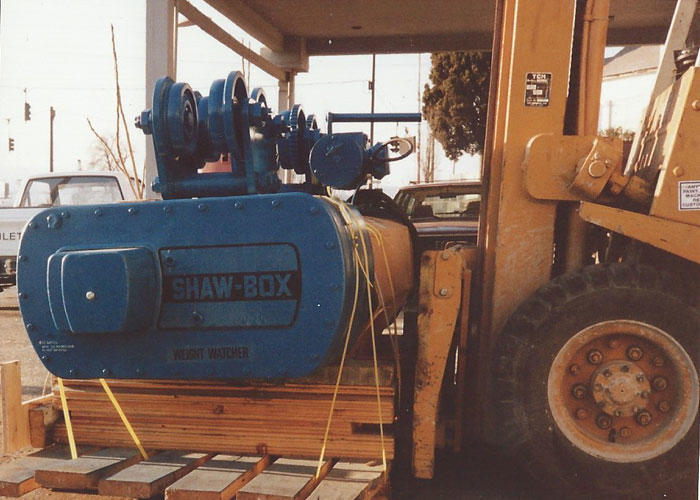 Standard hoist winch standard electric motor service in for Electric motor repair company