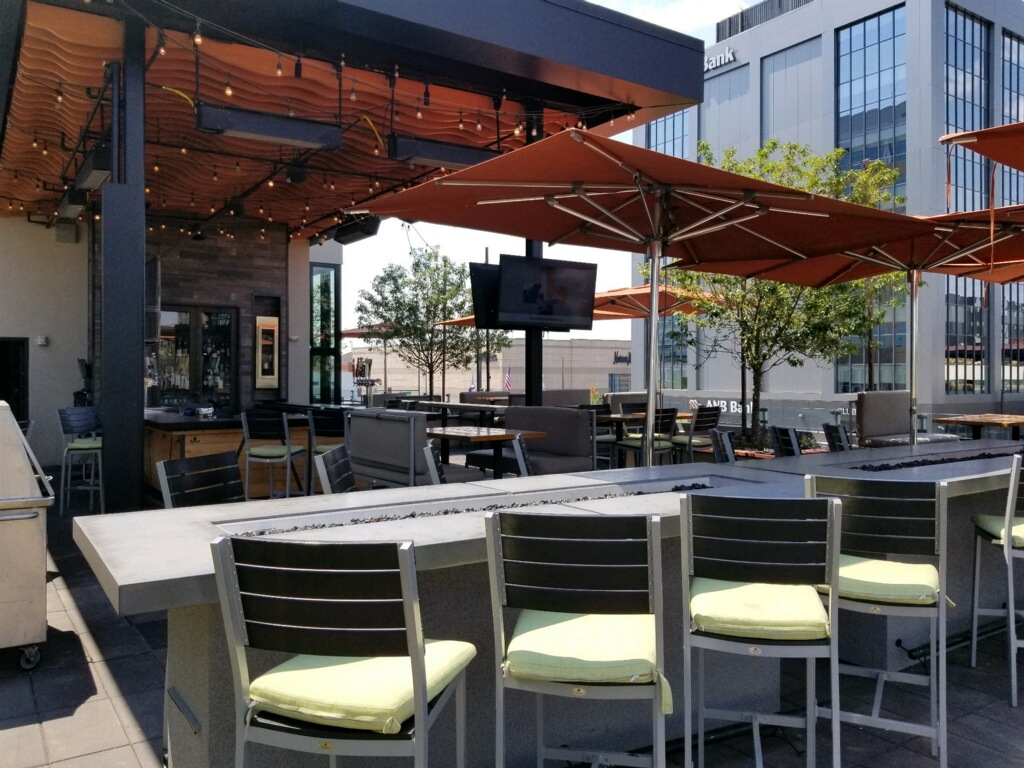 Del Frisco's Grille Cherry Creek Patio group dining room