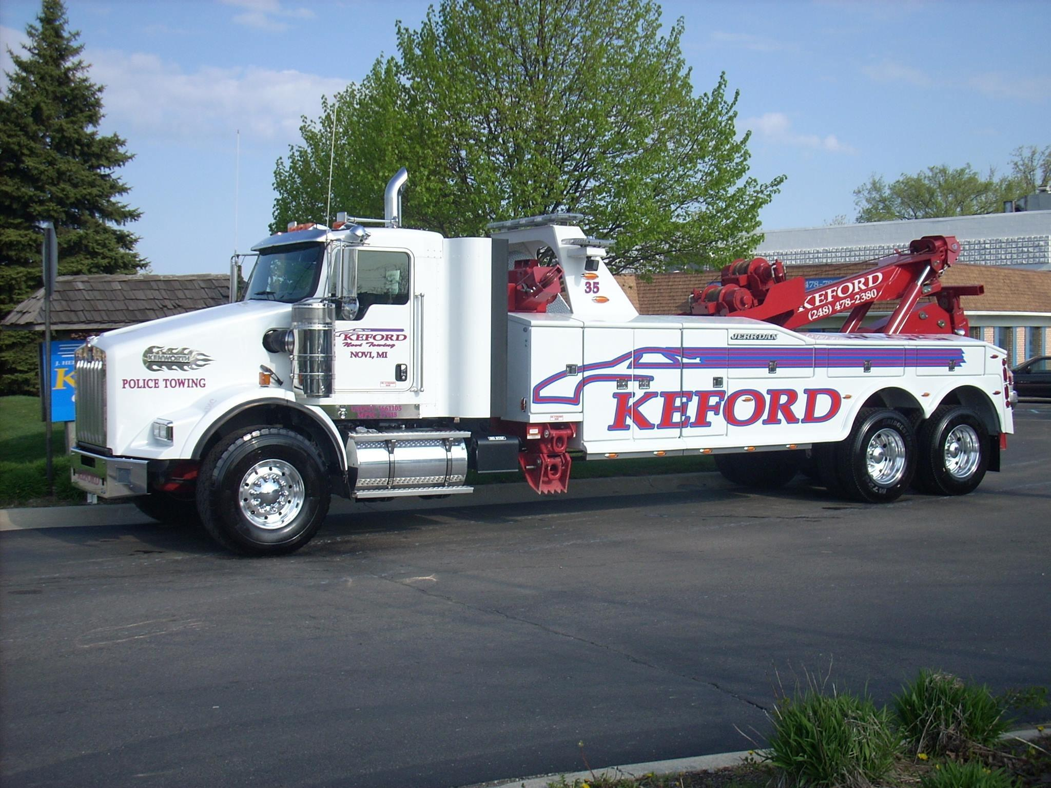 Keford Collision Towing In Novi Mi 48375