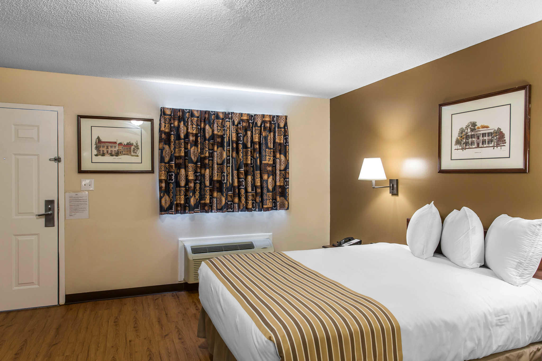 Suburban Extended Stay Hotel  Hermitage Tennessee  Tn