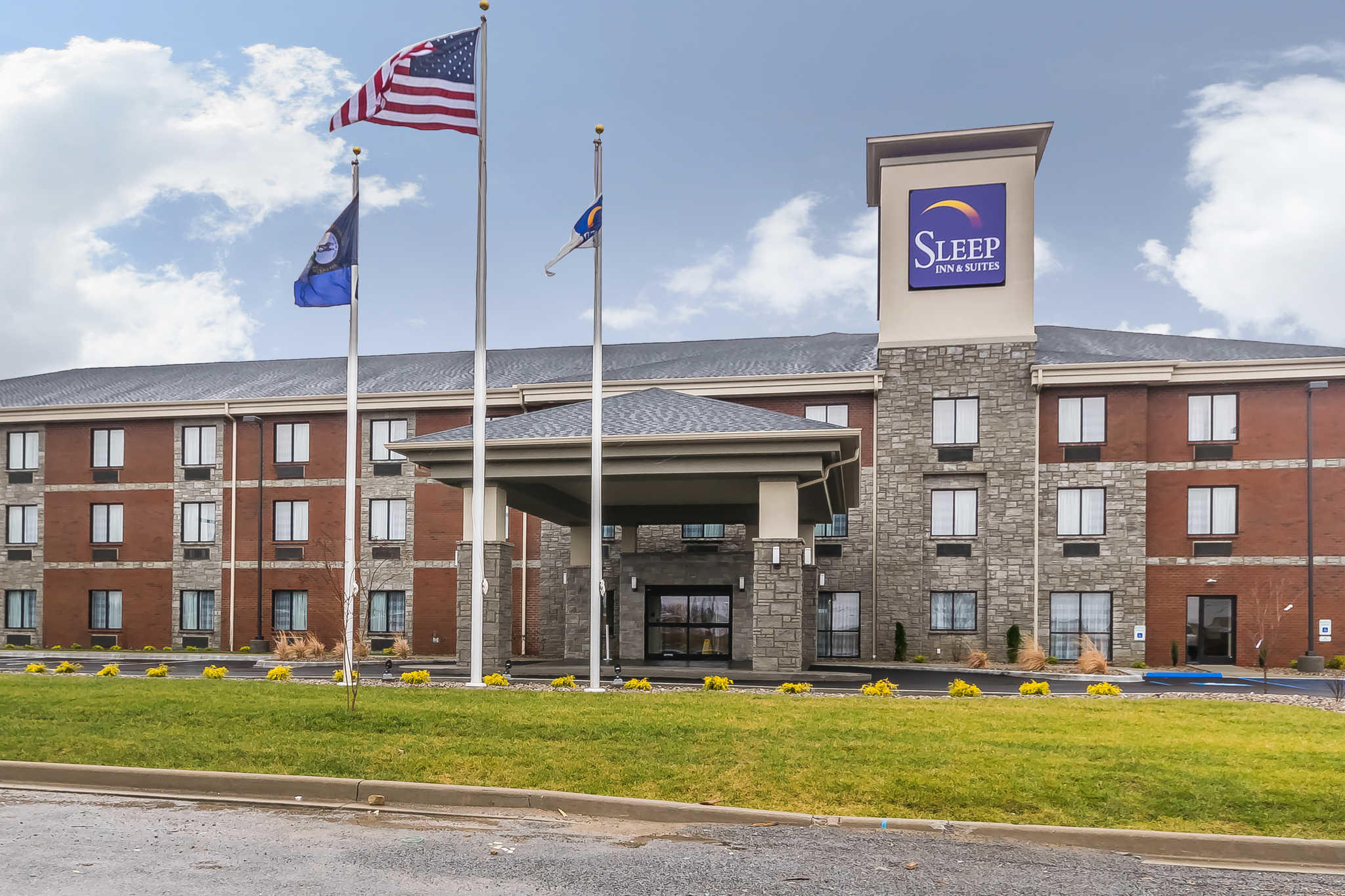 Hotels Near Lindsey Wilson College
