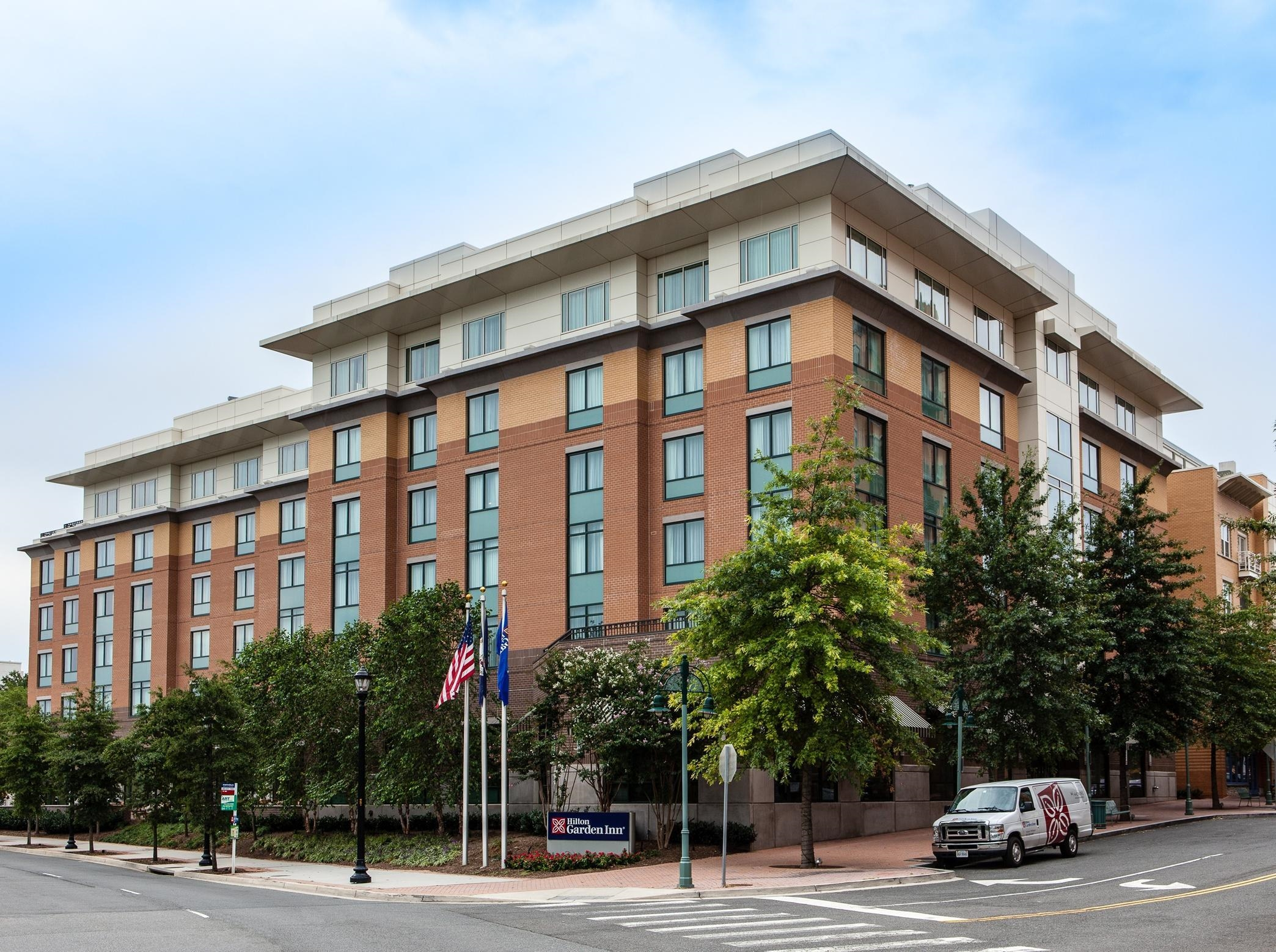 Hilton garden inn arlington shirlington arlington virginia va for Hilton garden inn crystal city va