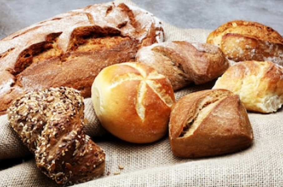 KLOUČEK + KLOUČKOVÁ, s.r.o. - pekařství a obchod