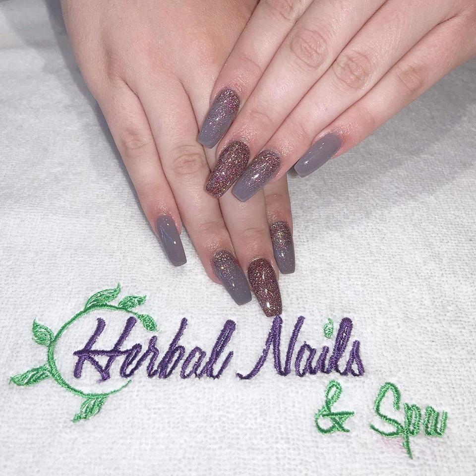 Herbal Nails & Spa at Happy Valley