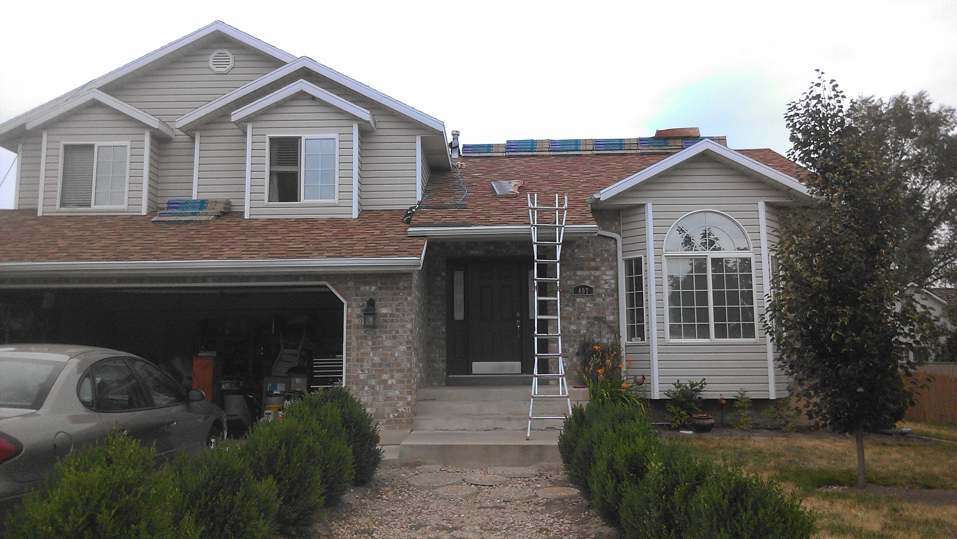 B & T Roofing Inc
